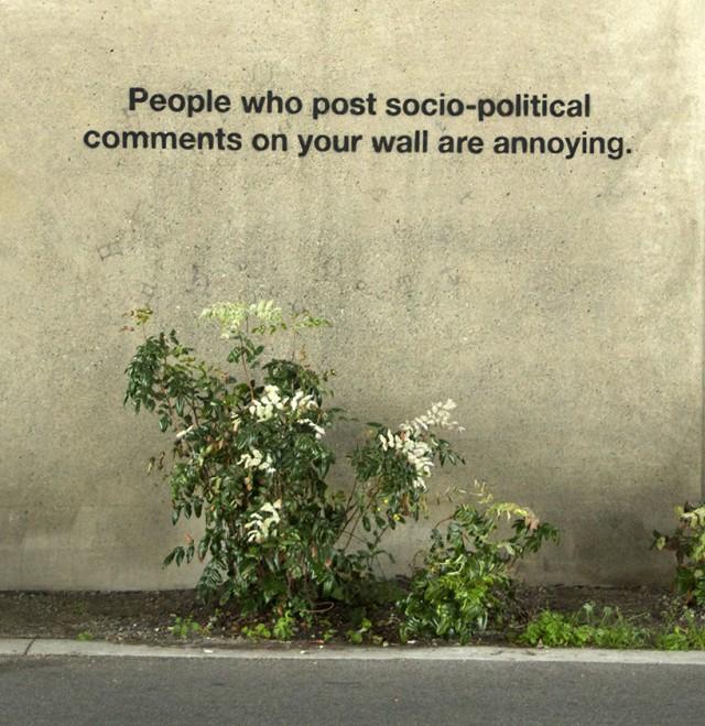 Social-Media-Culture-Meets-Street-Art_8-640x659