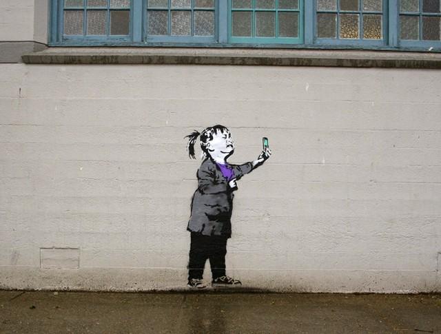 Social-Media-Culture-Meets-Street-Art_9-640x485