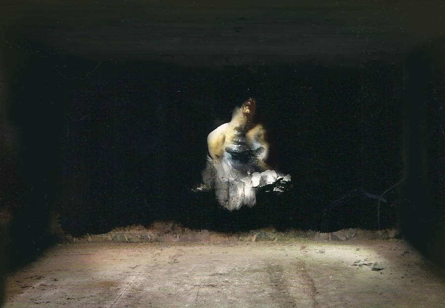 Classical-Paintings-in-Abandoned-Buildings3-900x622
