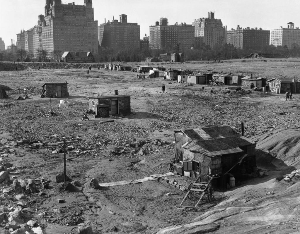 Manhattan, New York City, New York State, USA --- Hooverville in Central Park 1933 --- Image by © Bettmann/CORBIS