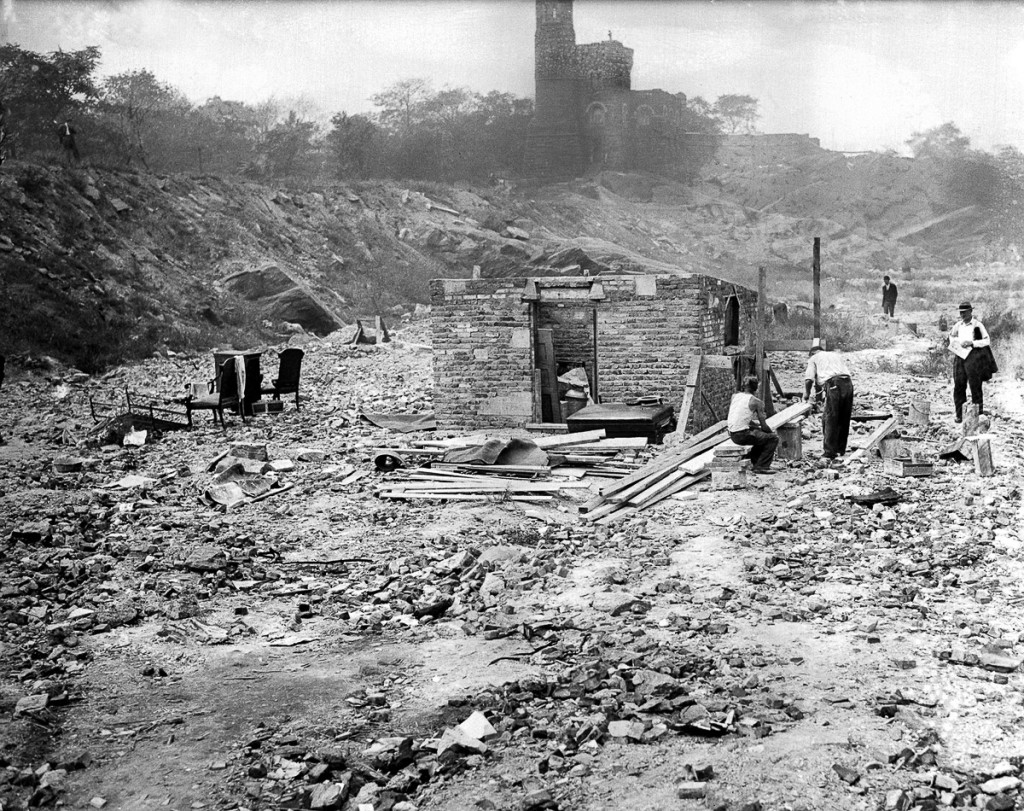 UNITED STATES - SEPTEMBER 22: Shantytown - Hooverville - in Central Park. (Photo by NY Daily News Archive via Getty Images)