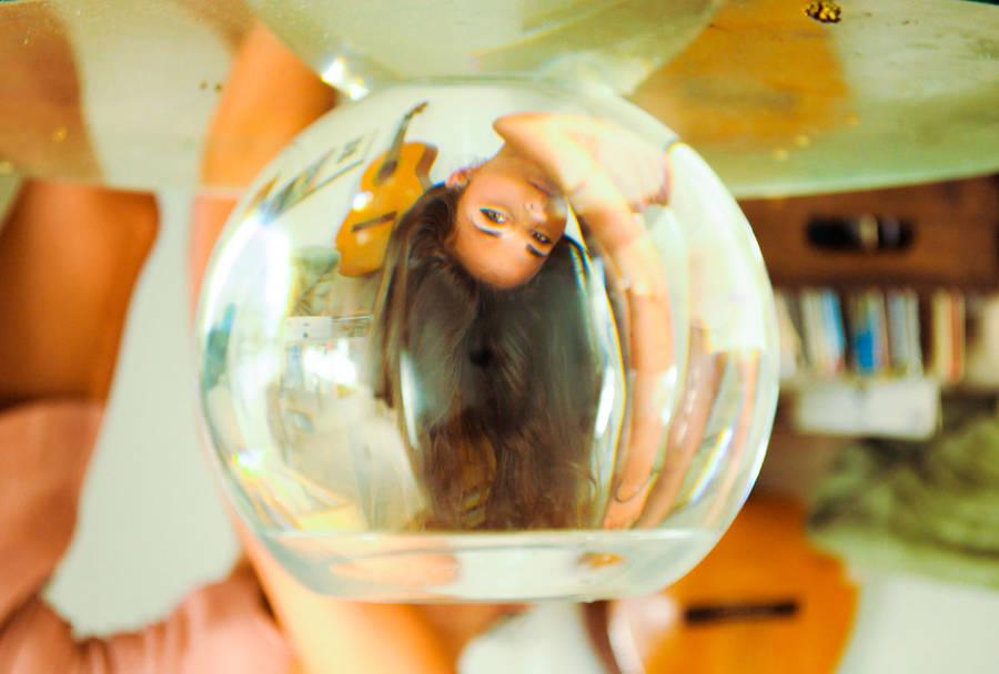 womenfishbowl2-900x608