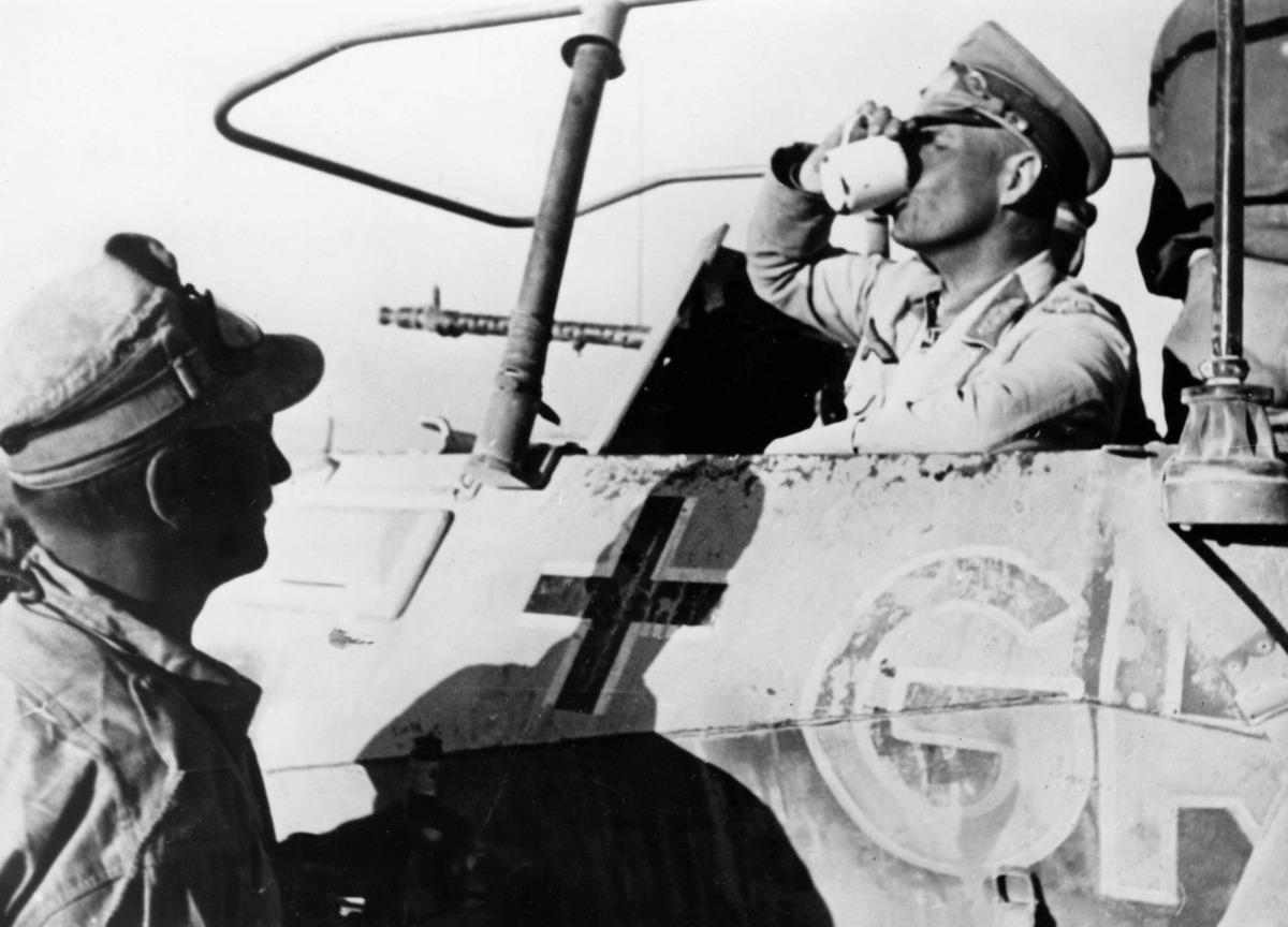 Tanque alemán en el norte de África durante la II Guerra Mundial.