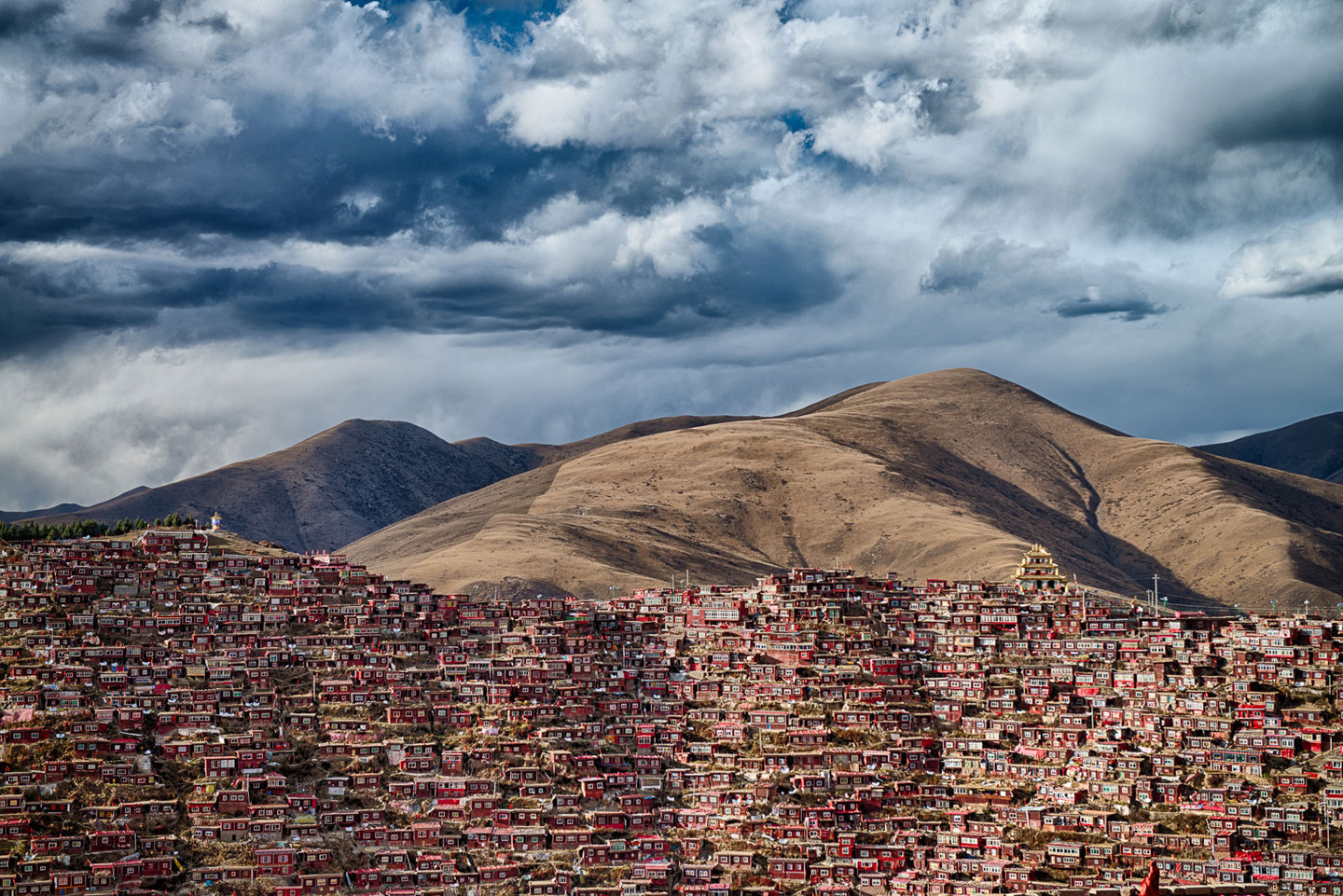 Home of 40 thousand Buddhist monks in Sichuan province