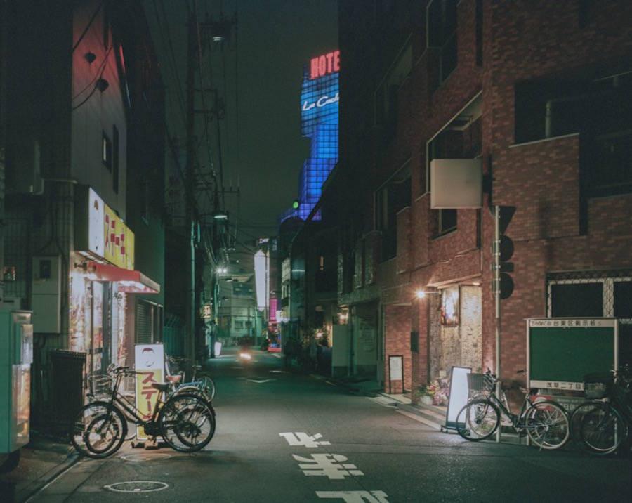 Tokyo-Murmurings-Photography8-900x716
