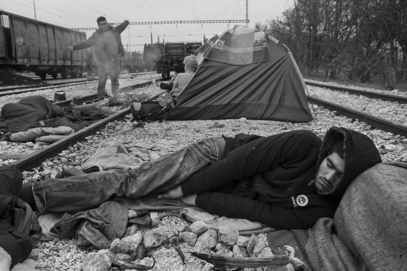refugees-migrants-greece-idomeni-macedonia-james-nachtwey-03