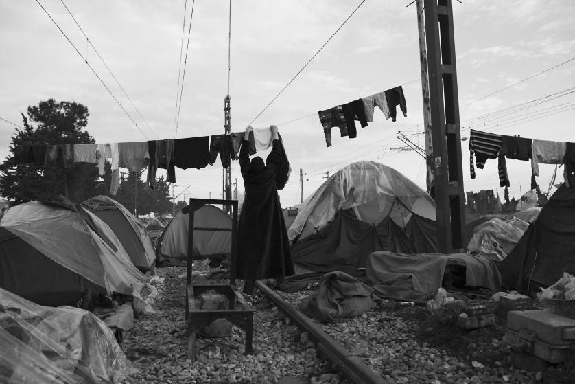 refugees-migrants-greece-idomeni-macedonia-james-nachtwey-06