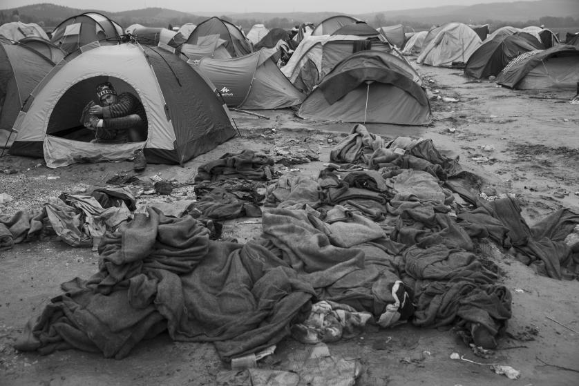 refugees-migrants-greece-idomeni-macedonia-james-nachtwey-07