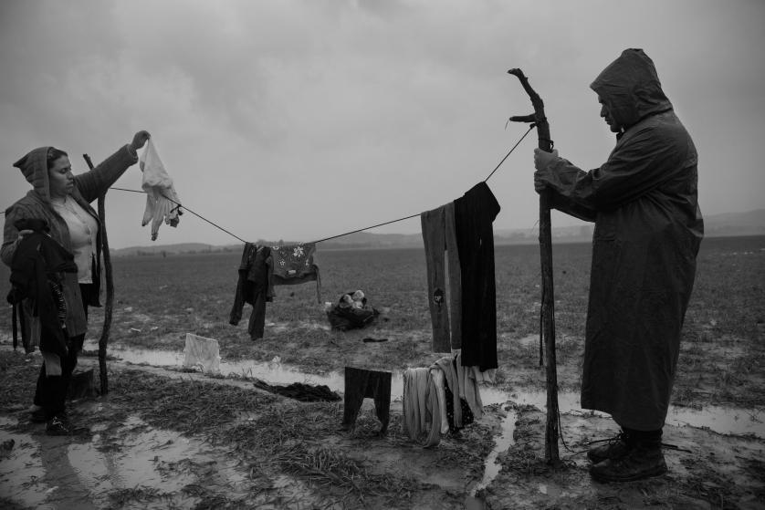 refugees-migrants-greece-idomeni-macedonia-james-nachtwey-11