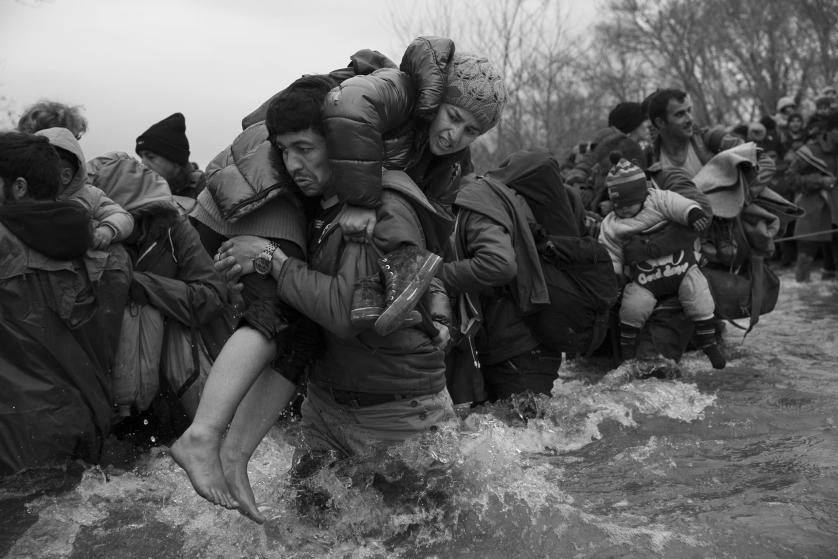 refugees-migrants-greece-idomeni-macedonia-james-nachtwey-16b