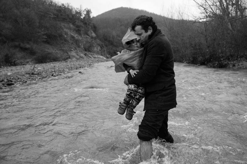 refugees-migrants-greece-idomeni-macedonia-james-nachtwey-17