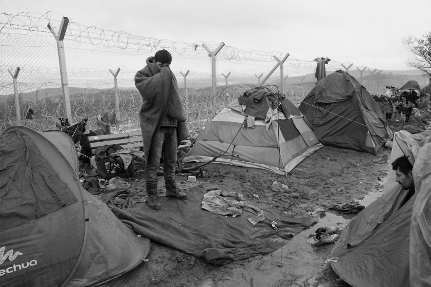 refugees-migrants-greece-idomeni-macedonia-james-nachtwey-18