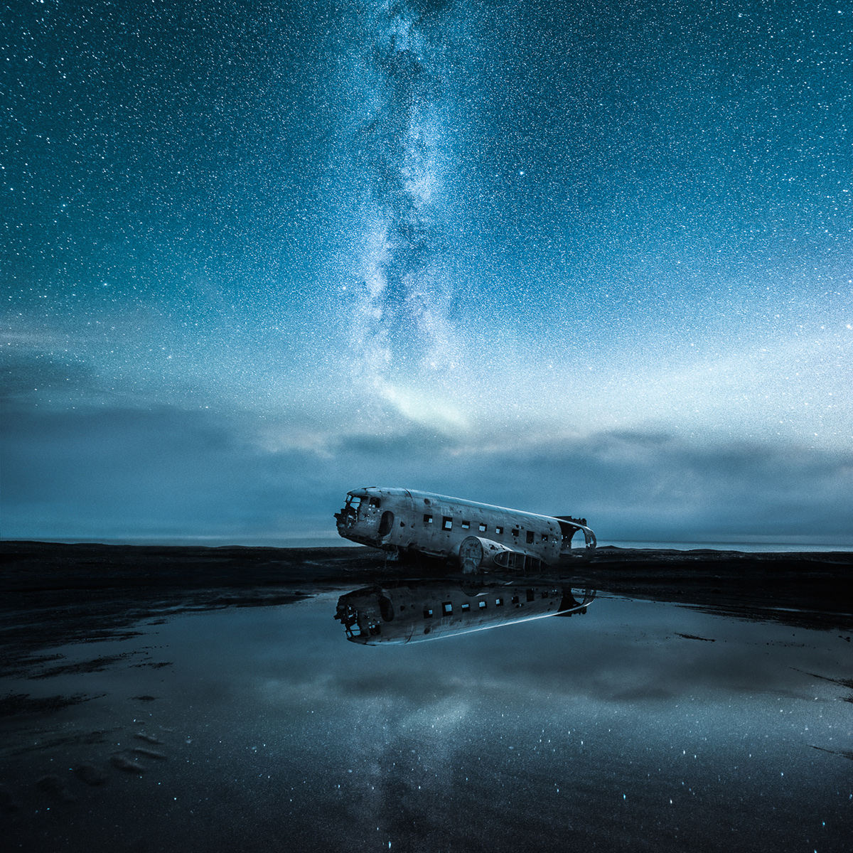 Mikko Lagerstedt - Invisible by day - 9