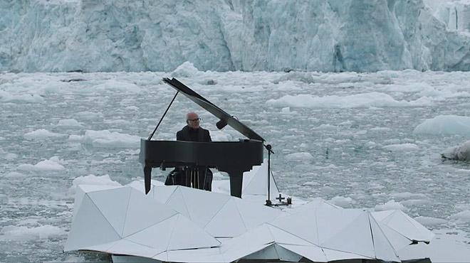 pianista-ludovico-einaudi-colabora-con-greenpeace-para-salvar-artico-1466425309837